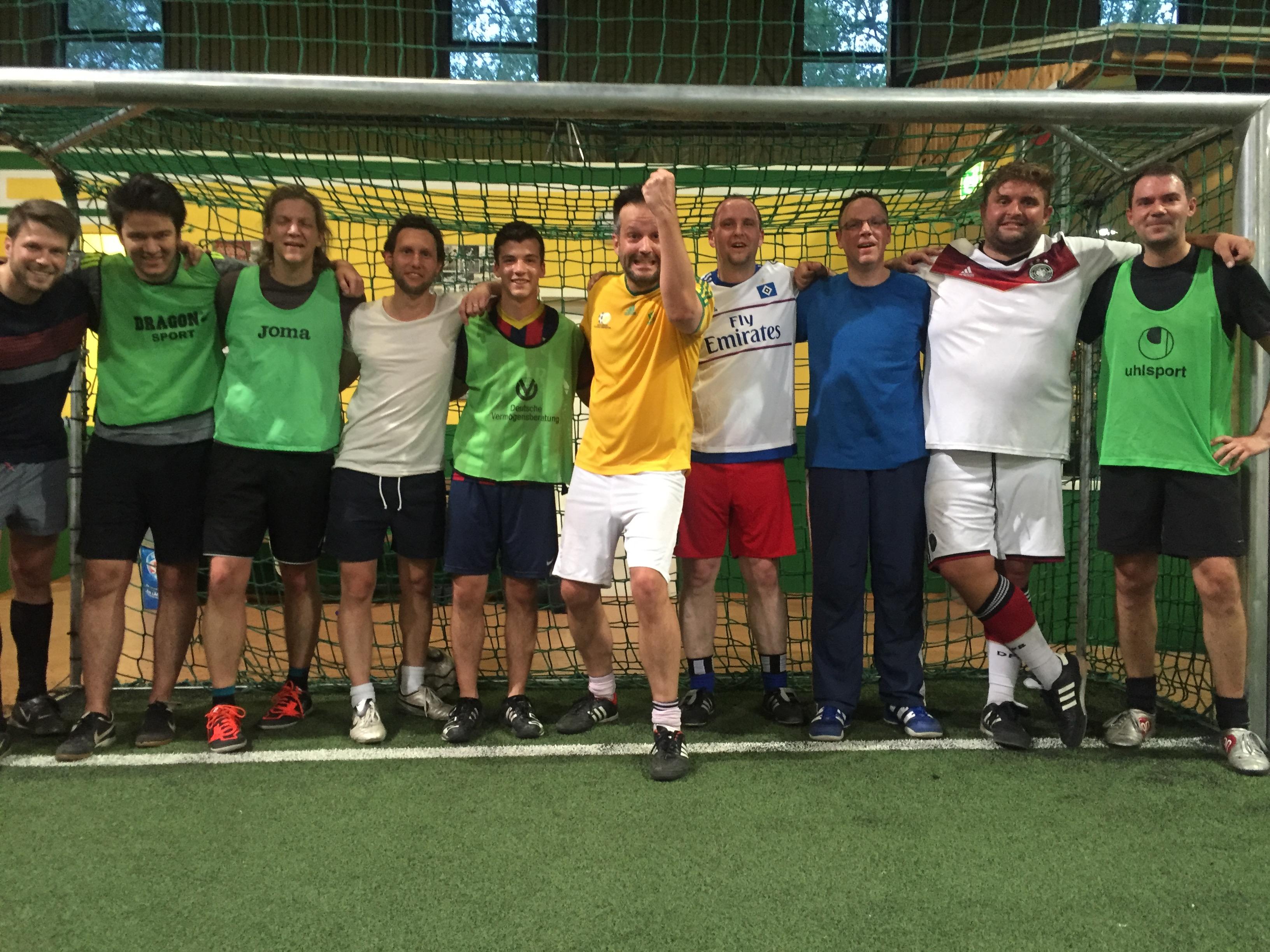 Fußball Team des MCRN